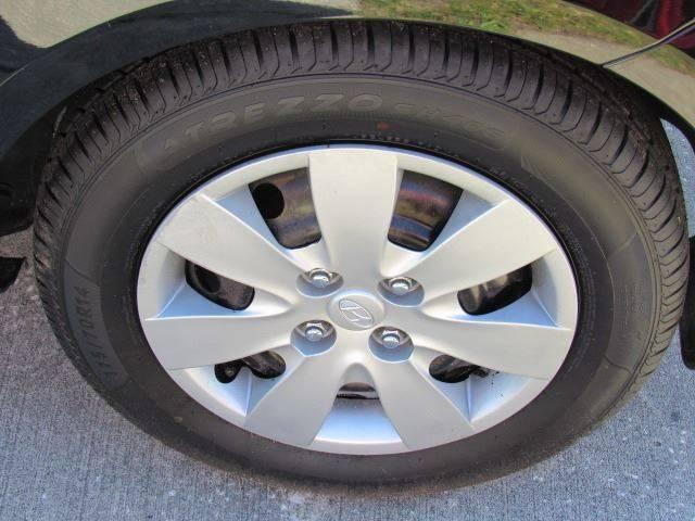 2011 Hyundai Accent GL 2dr Hatchback - Lakeland FL