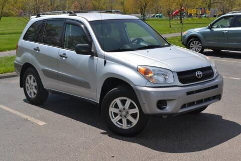 2005 Toyota RAV4 for sale at GLADSTONE AUTO SALES    GUARANTEED CREDIT APPROVAL in Gladstone MO