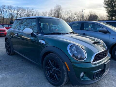 2013 MINI Hardtop for sale at D & M Auto Sales & Repairs INC in Kerhonkson NY