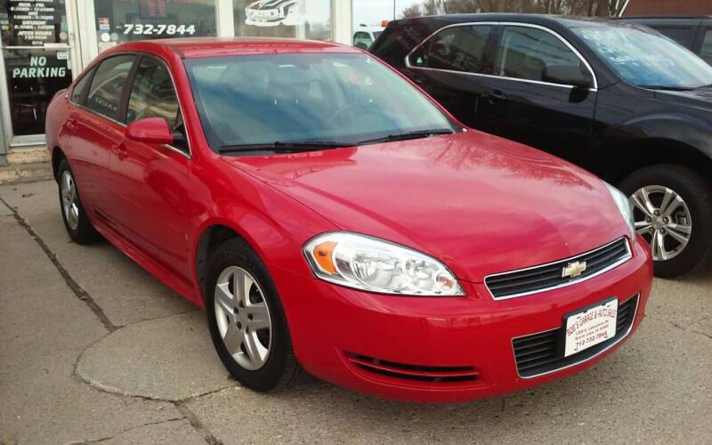 2009 Chevrolet Impala for sale at Bob's Garage Auto Sales and Towing in Storm Lake IA