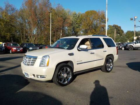2011 Cadillac Escalade for sale at United Auto Land in Woodbury NJ