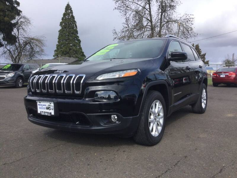 2018 Jeep Cherokee for sale at Pacific Auto LLC in Woodburn OR