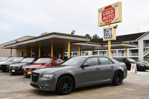 2019 Chrysler 300 for sale at Houston Used Auto Sales in Houston TX