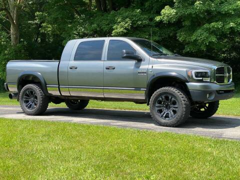 2007 Dodge Ram Pickup 2500 for sale at CMC AUTOMOTIVE in Roann IN