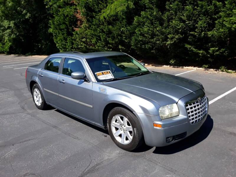 2007 Chrysler 300 for sale at JCW AUTO BROKERS in Douglasville GA