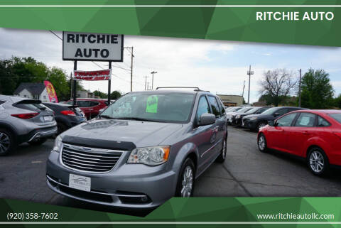 2014 Chrysler Town and Country for sale at Ritchie Auto in Appleton WI