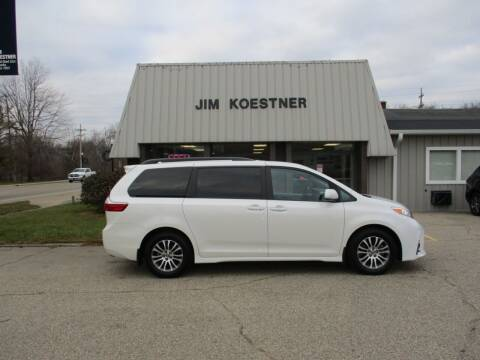 2019 Toyota Sienna for sale at JIM KOESTNER INC in Plainwell MI