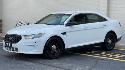 2013 Ford Taurus for sale at Carland Auto Sales INC. in Portsmouth VA