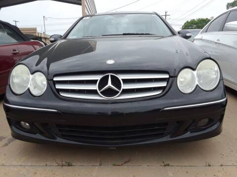 2006 Mercedes-Benz CLK for sale at Auto Haus Imports in Grand Prairie TX