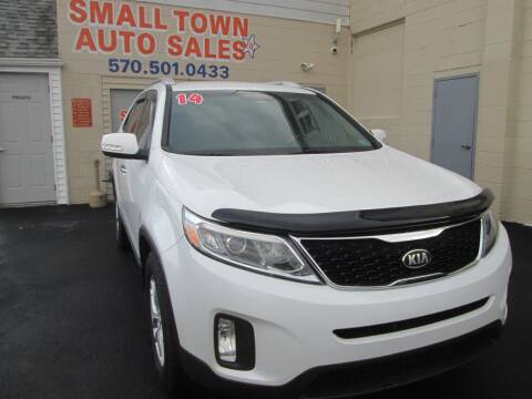 2014 Kia Sorento for sale at Small Town Auto Sales in Hazleton PA