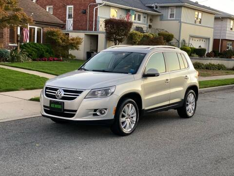2009 Volkswagen Tiguan for sale at Reis Motors LLC in Lawrence NY