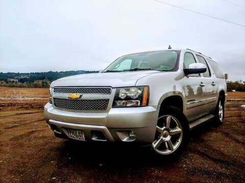 2010 Chevrolet Suburban for sale at M AND S CAR SALES LLC in Independence OR