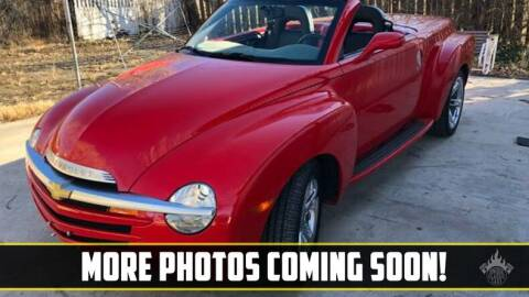 2005 Chevrolet SSR for sale at UNIQUE SPECIALTY & CLASSICS in Mankato MN