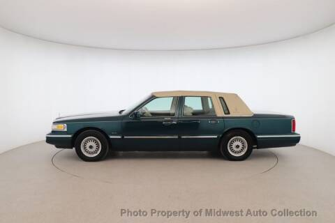 1995 Lincoln Town Car for sale at MIDWEST AUTO COLLECTION in Addison IL