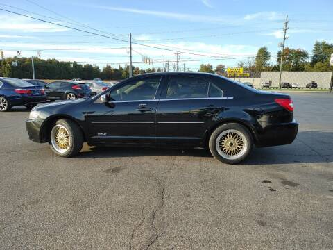 2007 Lincoln MKZ for sale at Cruisin' Auto Sales in Madison IN