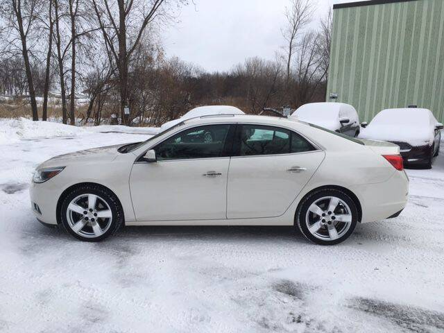 2014 Chevrolet Malibu for sale at AM Auto Sales in Forest Lake MN