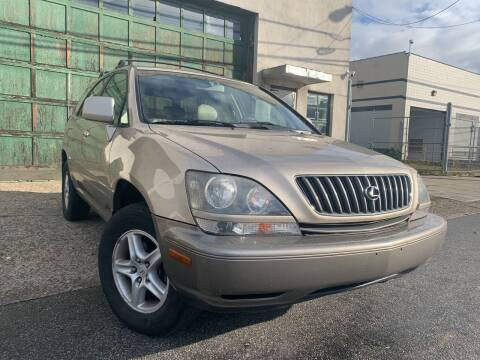 1999 Lexus RX 300 for sale at Illinois Auto Sales in Paterson NJ