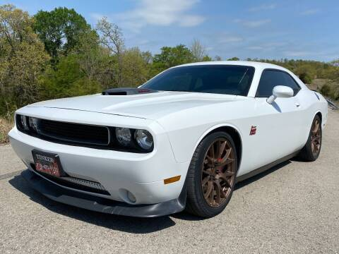 2014 Dodge Challenger for sale at TINKER MOTOR COMPANY in Indianola OK