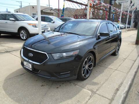 2013 Ford Taurus for sale at CAR CENTER INC in Chicago IL