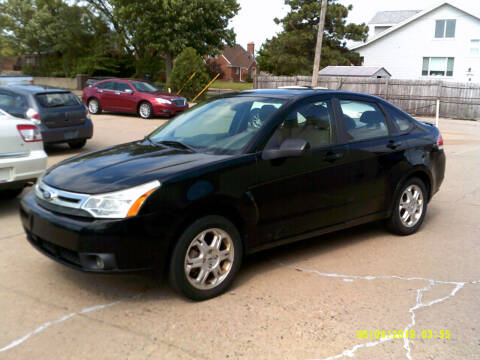 2009 Ford Focus for sale at Fred Elias Auto Sales in Center Line MI