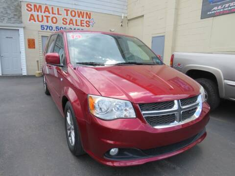 2014 Dodge Grand Caravan for sale at Small Town Auto Sales in Hazleton PA