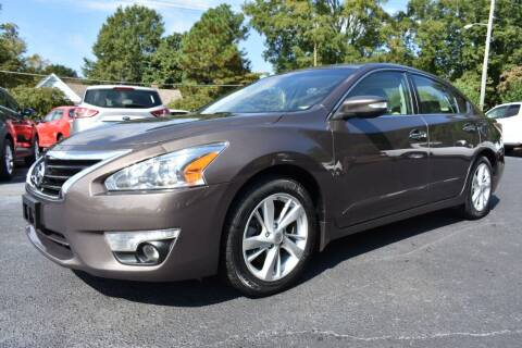 2015 Nissan Altima for sale at Apex Car & Truck Sales in Apex NC