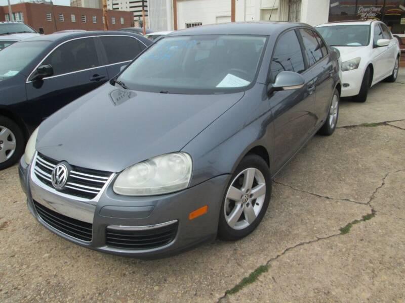 2009 Volkswagen Jetta for sale at Downtown Motors in Macon GA