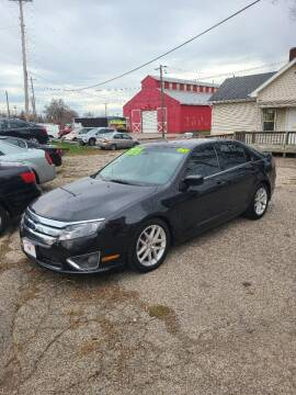 "2011 Ford Fusion for sale at MIDWESTERN AUTO SALES        ""The Used Car Center"" in Middletown OH"