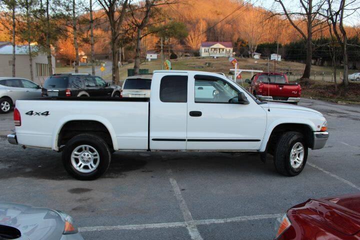 2003 Dodge Dakota for sale at SAI Auto Sales - Used Cars in Johnson City TN