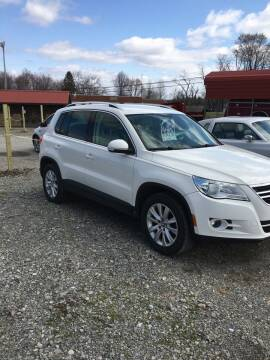 2009 Volkswagen Tiguan for sale at Simon Automotive in East Palestine OH
