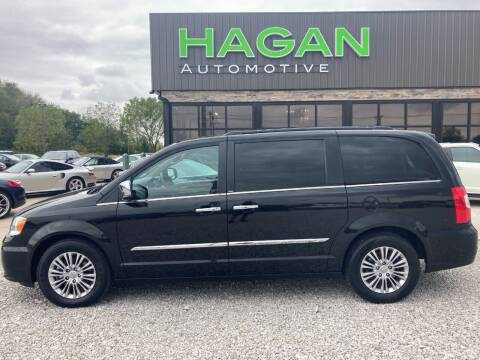 2013 Chrysler Town and Country for sale at Hagan Automotive in Chatham IL