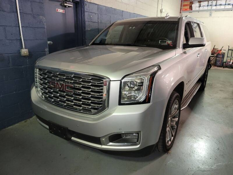 2018 GMC Yukon XL for sale at AW Auto & Truck Wholesalers  Inc. in Hasbrouck Heights NJ