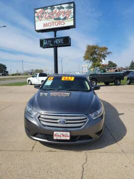 2015 Ford Taurus for sale at Victory Motors in Waterloo IA