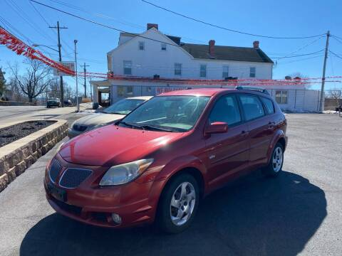 2005 Pontiac Vibe for sale at FIESTA MOTORS in Hagerstown MD
