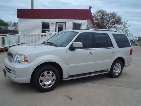 2005 Lincoln Navigator for sale at World of Wheels Autoplex in Hays KS
