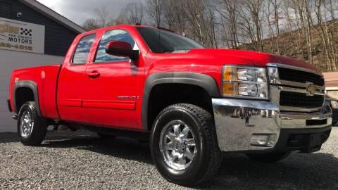 2009 Chevrolet Silverado 2500HD for sale at Creekside PreOwned Motors LLC in Morgantown WV