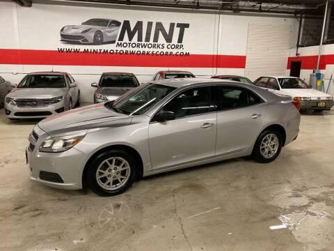 2013 Chevrolet Malibu for sale at MINT MOTORWORKS in Addison IL