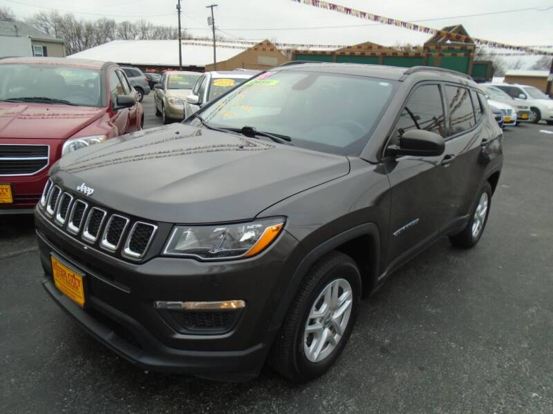 2018 Jeep Compass for sale at River City Auto Sales in Cottage Hills IL