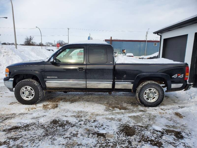 1999 GMC Sierra 2500 for sale at GOOD NEWS AUTO SALES in Fargo ND