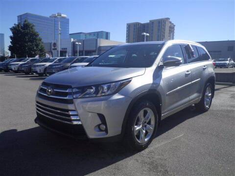 2018 Toyota Highlander for sale at BEAMAN TOYOTA GMC BUICK in Nashville TN