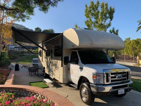 2019 Thor Industries OUTLAW 29J for sale at SoCal Motors in Los Alamitos CA