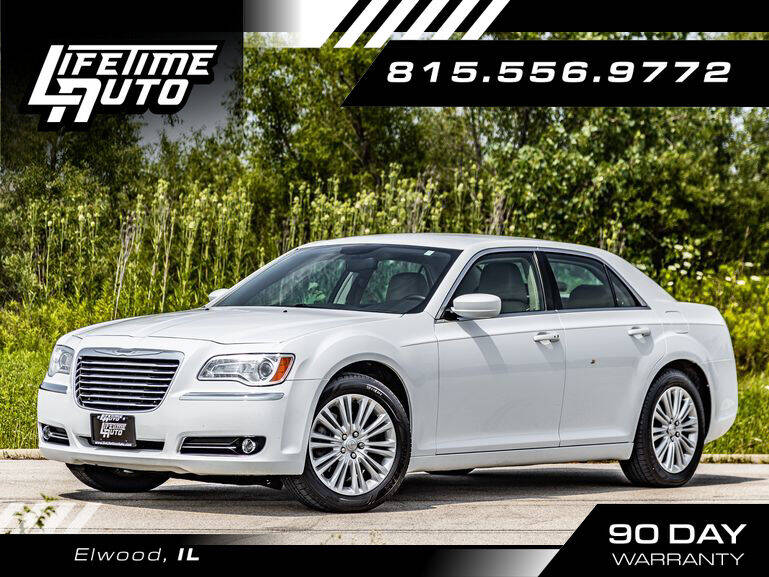 2014 Chrysler 300 for sale at Lifetime Auto in Elwood IL