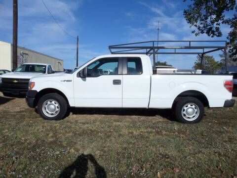 2014 Ford F-150 for sale at AUTO FLEET REMARKETING, INC. in Van Alstyne TX