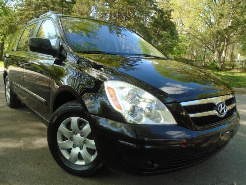 2008 Hyundai Entourage for sale at Sunshine Auto Sales in Kansas City MO