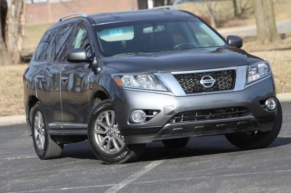 2016 Nissan Pathfinder for sale at MGM Motors LLC in De Soto KS