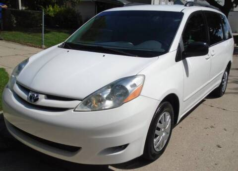 2007 Toyota Sienna for sale at Waukeshas Best Used Cars in Waukesha WI