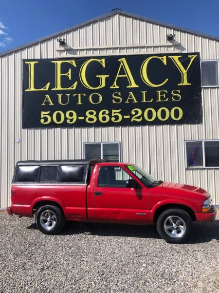 2001 Chevrolet S-10 for sale at Legacy Auto Sales in Toppenish WA