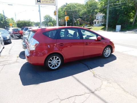 2013 Toyota Prius v for sale at CAR CORNER RETAIL SALES in Manchester CT