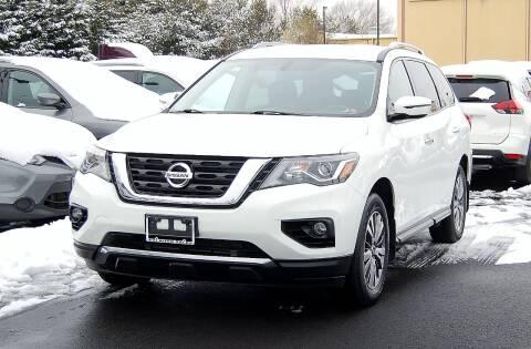 2018 Nissan Pathfinder for sale at Avi Auto Sales Inc in Magnolia NJ