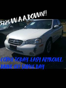 2000 Nissan Maxima for sale at Dave-O Motor Co. in Haltom City TX